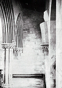 The north aisle looking west after 1910 [Z50/39/11]